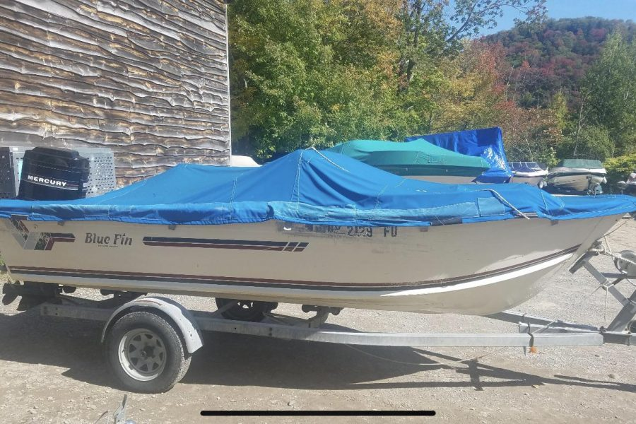 1986 18ft Blue Finn with 90HP Mercury Engine