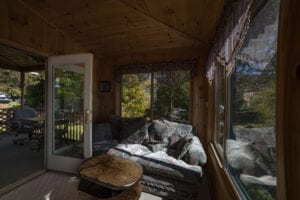 Water's Edge Cabin
